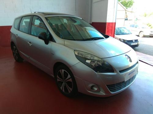Renault-Gran-sceni-modelo-bose-130cv-273344499 2