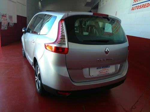 Renault-Gran-sceni-modelo-bose-130cv-273344499 3