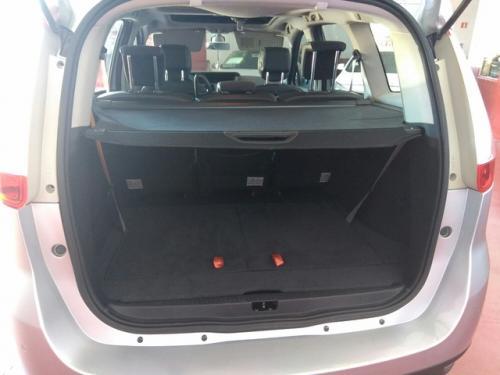 Renault-Gran-sceni-modelo-bose-130cv-273344499 4